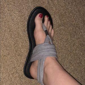 Sanuk, yoga mat flip flops